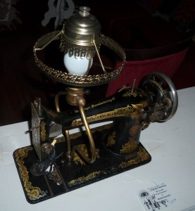 sewing machine lamp 3